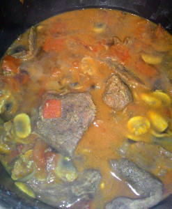 otbivnye-s-pomidorami-lukom-i-gribami