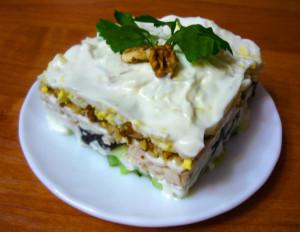 gotovy-ukrashenny-salat