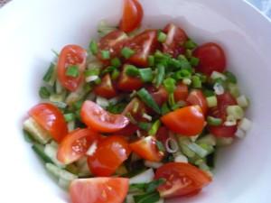 zeleny-luk-v-salate