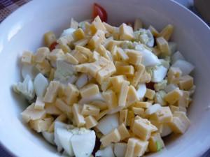 tverdy-sir-v-salatnike