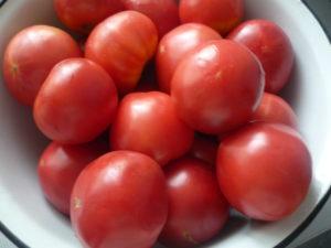 myasistye-pomidory-dlya-konkasse