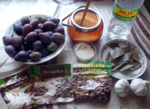 ingredienty-dlya-marinovaniya-slivy-zakusochnoy