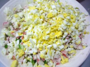 varenye-yaitsa-dlya-salata